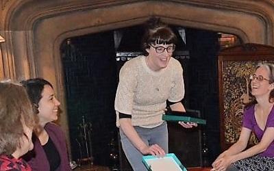 Dr Clare MacCumhaill