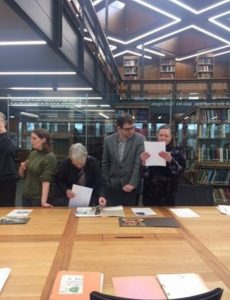 Visit the Mary Midgely archive